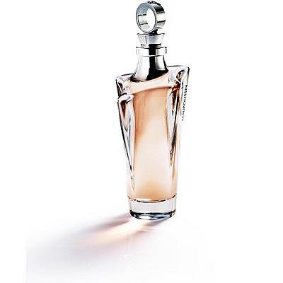 一支特地為獨立的都會女性量身訂作的香水