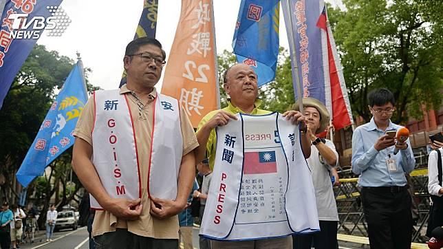 退役中將吳斯懷被國民黨列入不分區立委名單第4名,引發各界議論紛紛。(圖/TVBS)