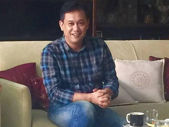 Profil Denny Siregar dan Perjalanan Karya | Tagar.id | LINE TODAY