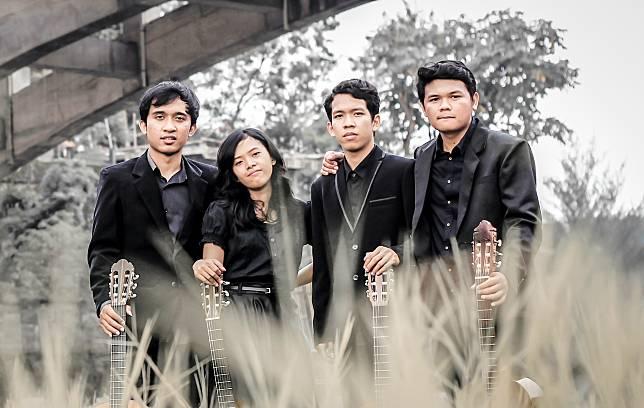 Nocturnal Guitar Quartet Gatra Album Review
