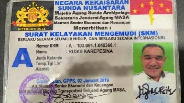 Identitas Jenderal Tentara Negara Kekaisaran Sunda Nusantara, Rusdi Karepesina