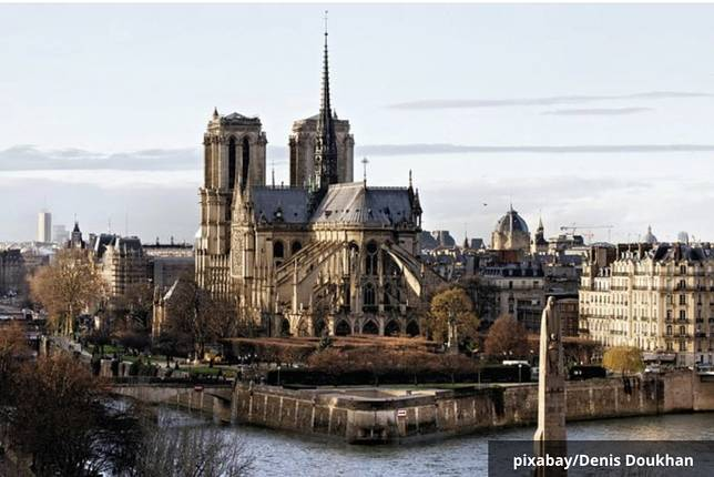 Jawaban Wow Notre Dame De Paris 10 Ilmusosial Id