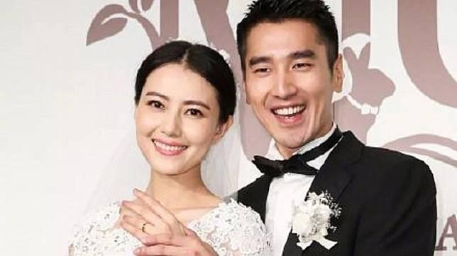 趙又廷與高圓圓結婚多年,終於在5月喜獲愛女。圖/翻攝自微博