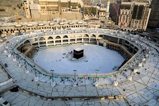 Arab Saudi Gelar Shalat Ied Tanpa Jamaah di Dua Masjid Suci