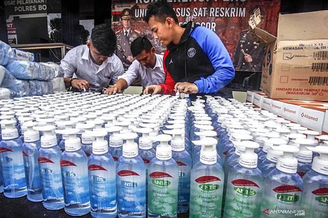 Polri tetapkan 33 orang tersangka penimbun masker/hand sanitizer