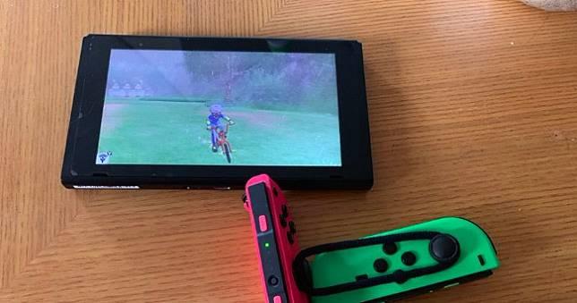 玩家自製《寶可夢 劍/盾》土炮外掛孵蛋,一雙筷子搞定被推爆 🥢