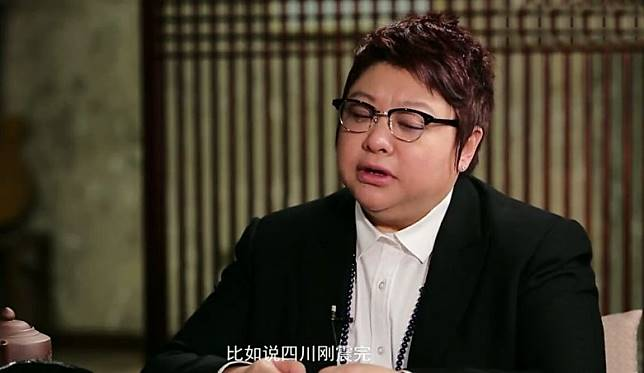 韓紅曾公開表示已經捐到自己破産。