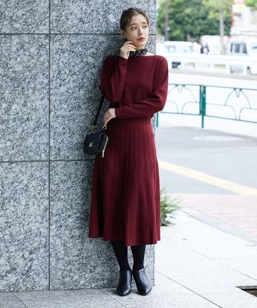 波爾多酒紅色針織連身裙