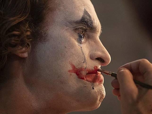 Joker di belantara para pecundang
