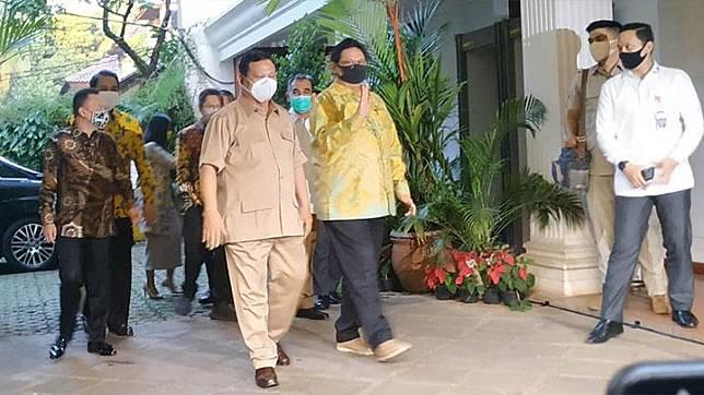 Ditanya Soal Jokowi Ancam Reshuffle, Prabowo: Hahaha...