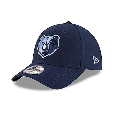 休閒款9FORTY系列棒球帽。帽子版型高挺、帽檐有一定的弧度。後有魔鬼氈帽扣可調節大小。適合頭圍57-63公分。品牌_NEW ERA,配件_帽子,選擇球隊_西區球隊_曼斐斯灰熊