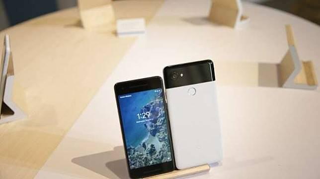Google Pixel 2 dan Pixel 2 XL diluncurkan di San Francisco, Amerika Serikat pada Rabu (4/10).[AFP/Elijah Nouvelage]