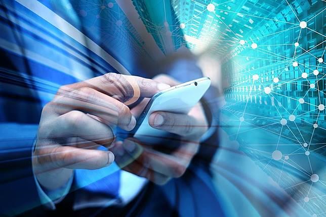 5G版iPhone傳明年登場 Apple最快於「這年」推出自研晶片