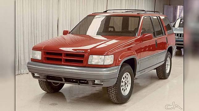Terkuak, Foto Dodge Grand Cherokee Yang Tak Jadi Diproduksi