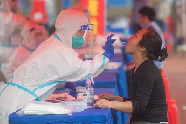 Tak satu pun yang positif dari 10 juta warga Wuhan tes COVID