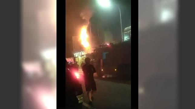 新竹市湳雅街發生火警。 圖/翻攝自 新竹爆料公社