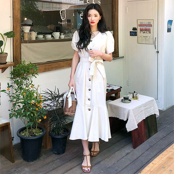 NXS 米白 V領 排釦 綁腰 洋裝 連身裙 短袖 襯衫 魚尾裙 魚尾洋裝 氣質 上班族 顯瘦 簡約 韓國