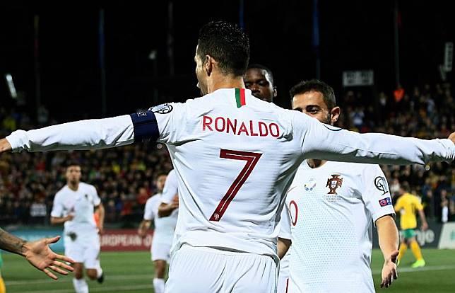 Ronaldo Quattrick  Portugal Libas Lithuania 5-1 Timnas Portugal meraih kemenangan besar