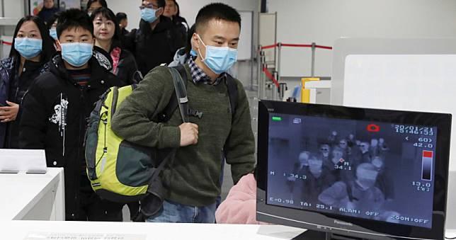 武漢肺炎/海關防疫出現難題 中國男赴武漢發燒「服退燒藥入境日本」確診肺炎