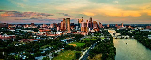 7 Kota yang Harus Kamu Kunjungi Sebelum Usia 30 tahun