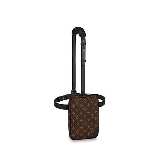Louis Vuitton Utility Side Bag(互聯網)