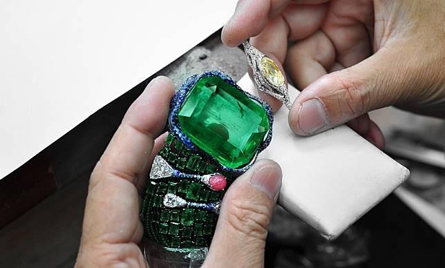 Cindy_Chao受邀參與歐洲藝術博覽會!The_Art_Jewel大師系列登世界殿堂_(2).jpg