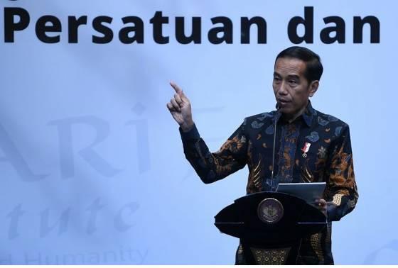 Presiden Joko Widodo memberikan sambutan saat membuka Forum Titik Temu di Jakarta, Rabu (18/9/2019). Forum Titik Temu yang diprakarsai oleh Nurcholish Madjid Society, Jaringan Gusdurian dan MAARIF Institute For Culture And Humanity tersebut mengangkat tema Kerja Sama Multikultural untuk Persatuan dan Keadilan. ANTARA FOTO/Wahyu Putro A/pras.(ANTARA FOTO/WAHYU PUTRO A)  Artikel ini telah tayang di Kompas.com dengan judul