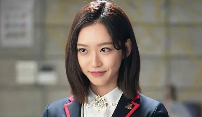 Berkat Jadi Joo Seok Kyung di 'Penthouse', Followers Instagram Han Ji Hyun  Naik 1000x Lipat | KANAL247 | LINE TODAY