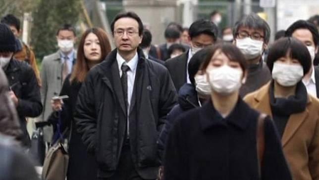 ญี่ปุ่นประกาศให้ปิดธุรกิจร้านค้าในเมืองใหญ่เพื่อควบคุมโควิด-19