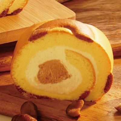 甜點大師指名使用法國安貝栗子泥 蘭姆酒香凸顯栗子濃郁的甘甜風味 融入清爽的北海道奶霜與卡士達 捲蛋糕的優雅質感 充滿法式甜點的細膩層次