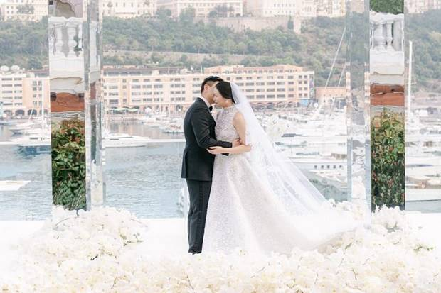 Pernikahan anggota keluarga besar bos Sampoerna, Amanda Winarko dan Kevin Sebastian menjadi salah satu pernikahan mewah. Acara ini menghabiskan dana miliaran rupiah. Foto/Istimewa.