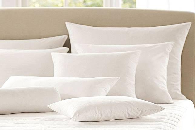 Pengaruhi Kualitas Tidur, Yuk Kenali 5 Jenis Bantal Sebelum Membeli