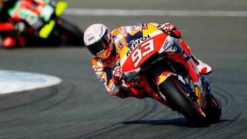 Horor Sirkuit Jerez buat Marc Marquez: Dulu Patah Tangan, Kini Tubuhnya Terseret