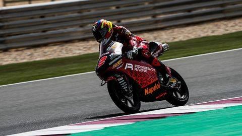 Pembalap Indonesia Gresini Gabriel Rodrigo tampil cepat di sesi tes bebas hari pertama Moto3 Spanyol. (Alejandro Ceresuela/Dorna Sports)