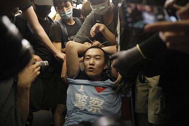 Global Times rewards journalist beaten by Hong Kong protesters