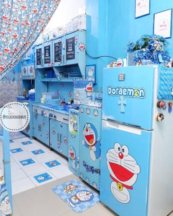 Penggila Doraemon Rumah Di Sulawesi Ini Penuh Pernak Pernik Doraemon