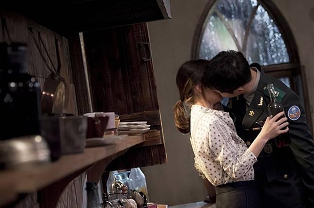 Ini Dia 11 Adegan Paling Romantis dari Serial Drama Korea