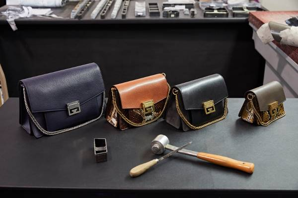2cc0ce6d1e Seni Pembuatan Tas Wanita Terbaru dari Givenchy