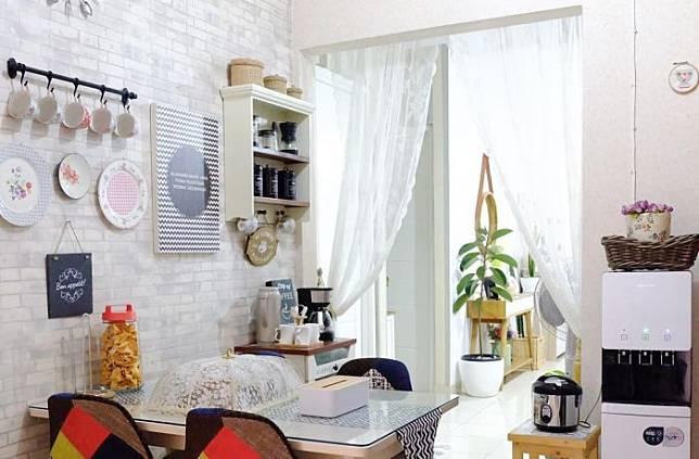 Dapur Berukuran Mini? Yuk Dekorasi Ala @nunudellon Agar Tampil Cantik!