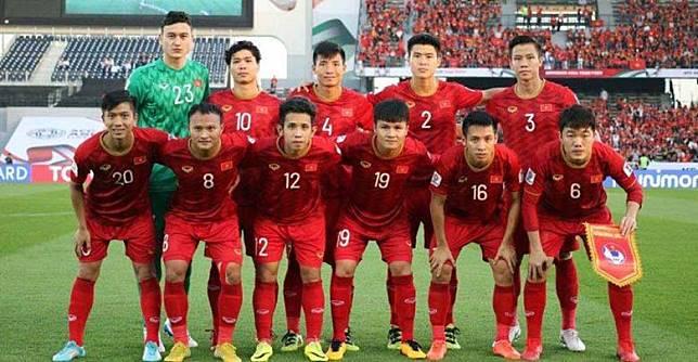 เวียดนาม-แบโผ-27-แข้ง