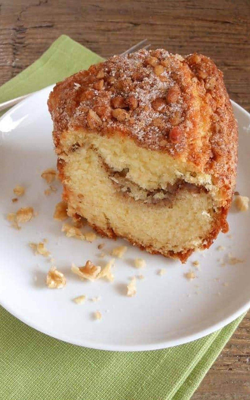 肉桂是我們超喜歡的食材之一 冬天在國外,喝熱紅酒~一定要有肉桂~ 下雪天,吃一個抹上滿滿糖霜的肉桂捲! 我們推出了,肉桂咖啡蛋糕,讓喜歡蛋糕類的你,也可以享受肉桂的滋味