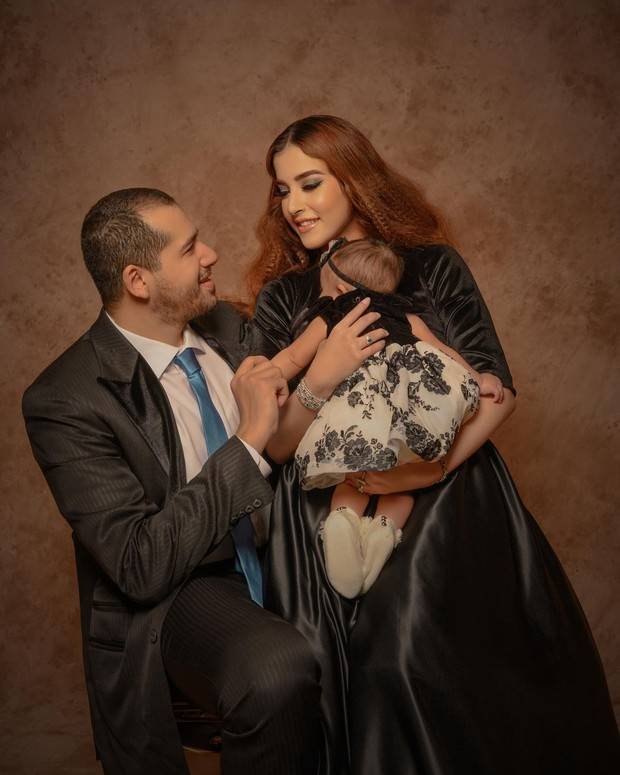tasya Farasya dan keluarga