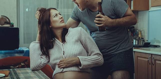Kisah istri yang diselingkuhi saat hamil, apa yang sebaiknya dilakukan?