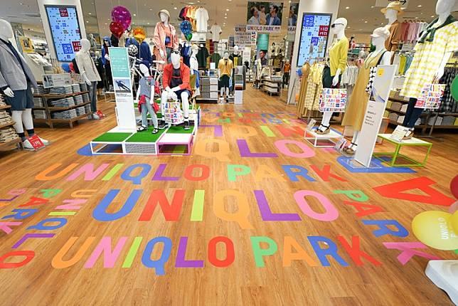 1樓UNIQLO店連地板都繽紛過人。(互聯網)