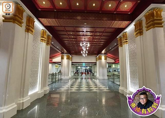 曼谷的地下鐵路稍後會新開11個車站,當中大王宮附近的Sanam Chai 站成了焦點。(胡慧沖提供)