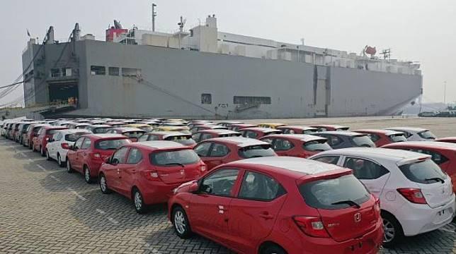 All New Honda Brio ekspor perdana ke Filipina, Rabu, 10 April 2019. Mobil itu dikapalkan dari Pelabuhan Tanjung Priok, Jakarta Utara. (HPM)