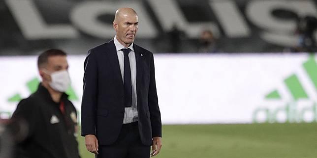 Pelatih Real Madrid, Zinedine Zidane. (c) AP Photo