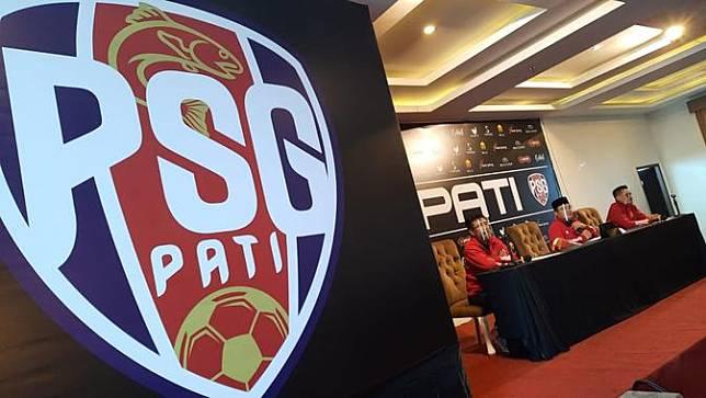 Prosesi peresmian Putra Sunan Giri (PSG) yang resmi menjadi tim baru di Pati, Jawa Tengah, Sabtu (26/12/2020). (Dok. PSG Pati)