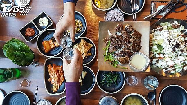 韓國用餐示意圖,與本文無關。(圖/TVBS)