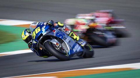 Pembalap Suzuki, Joan Mir membidik podium di MotoGP Spanyol. (AP/Alberto Saiz)